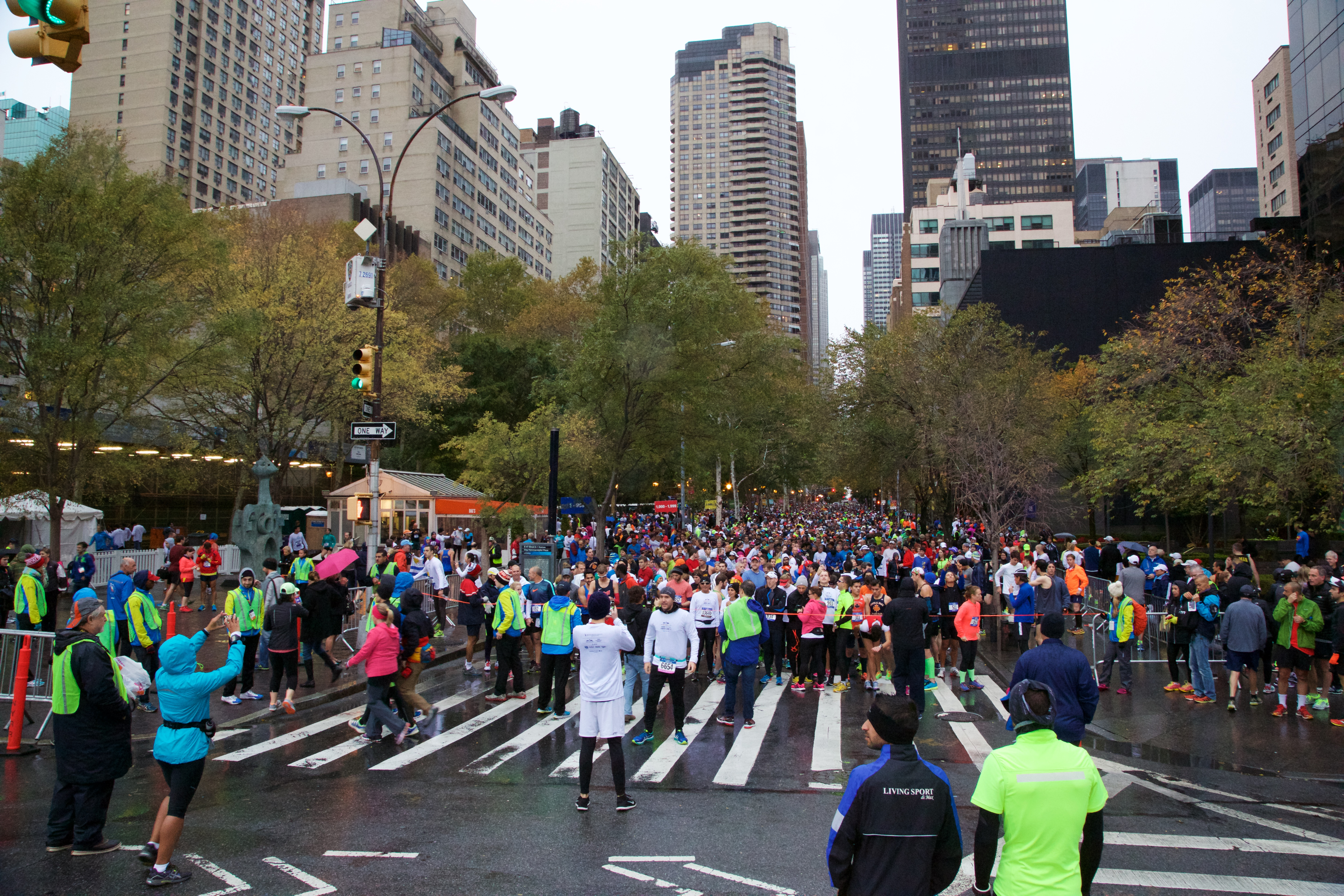 Picture of the crowd at the NYRR event