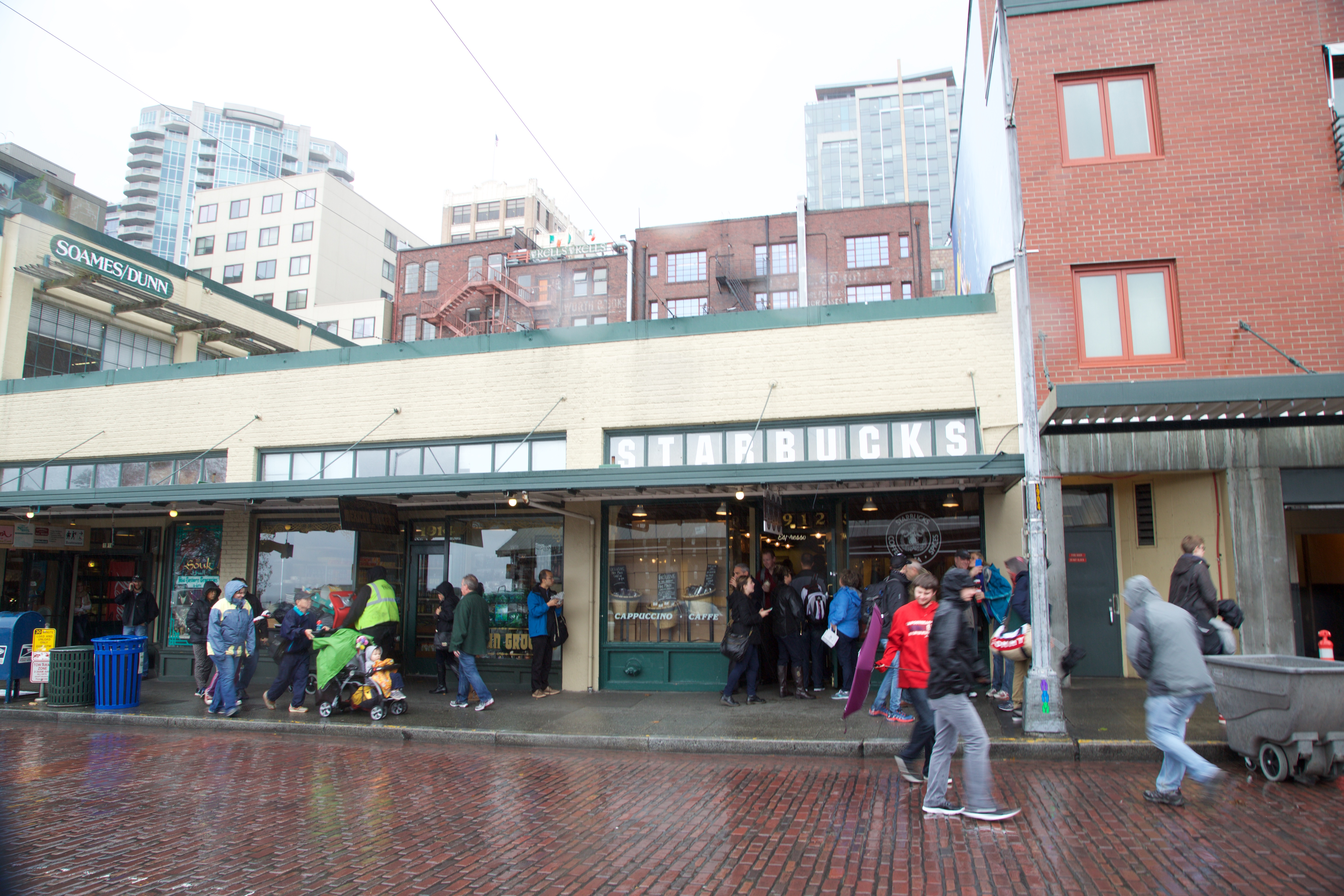 Pics of Seattle 4 - The very first Startbucks shop